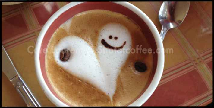 Cafe Laurent La Vazza smiley face latte